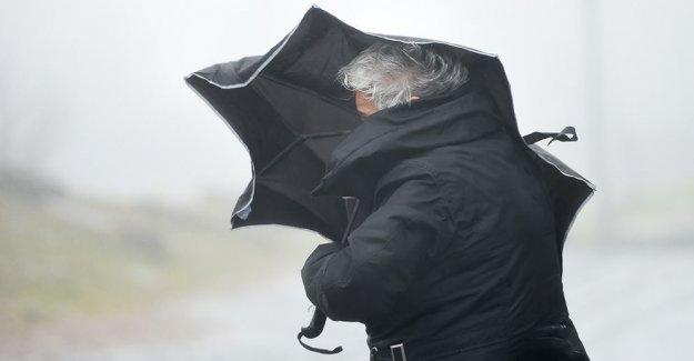 İsveç'te fırtına uyarısı