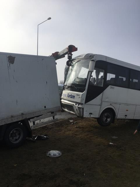 Konya'da 40 araç birbirine girdi Foto Galeri
