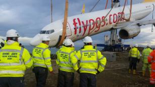 Kaza yapan uçak böyle kurtarıldı