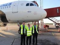THY Uçağına 'Kulu' İsminin Verilmesini Sağlayan Torun Karaca'ya Plaket