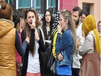 Üniversitede şok: Öğretim üyesinin boğazını kestiler