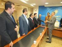 Mehmet Kale'den Başkan Arat'a tebrik ziyareti