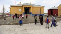 Öğretmenlerinin hırsızlıkla suçladığı 12 yaşındaki Ebru intihar etti
