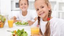 Okulda başarılı olmak için çocukların kahvaltı yapması şart!