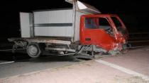 Kulu'da Tır ile Kamyonet Çarpıştı : Bir Yaralı