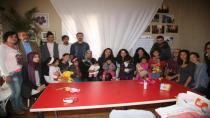 Suriyeli Anne ve 6 Çocuğu 'Ölüm Botundan' Döndü