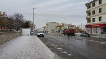 Yeniceoba'ya ilk kar düştü