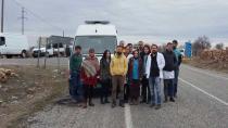 Cizre'ye gidişleri engellenen sağlıkçılar: Koridor açın