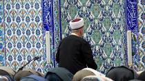 Almanya imamların Türkiye'den gönderilmemesini istiyor